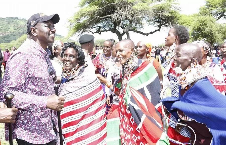 Ruto awafidia wafugaji waliopokonywa ng'ombe wao na serikali ya Tanzania