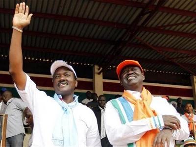 Kalonzo Musyoka ni wazi aliiweka kando azma ya kuwa RAIS na kumwachia Raila. Kwa nini?
