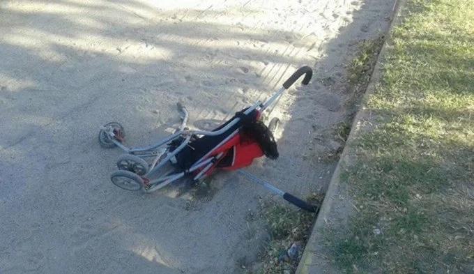 Fatal accidente de tránsito: Motociclista atropelló a coche de bebé