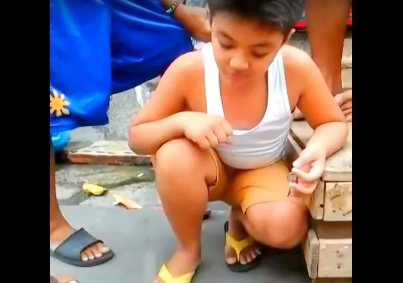 Pinoy kid shocked after crazy coin prank in viral video