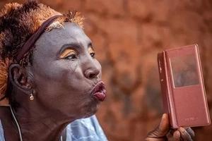 Picha za akina nyanya zitakazowaacha warembo wa siku hizi wameduwaa!
