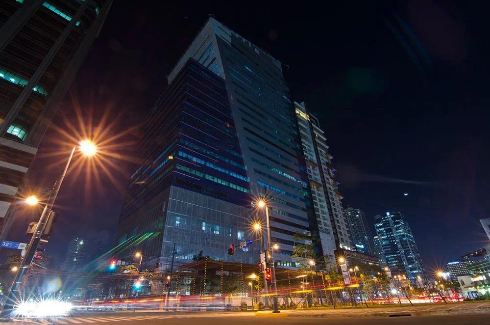 Globe deploys Wi-Fi in MRT stations