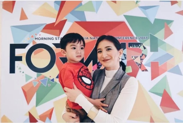 Rica Peralejo is a full-time family woman