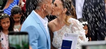 Ex Manchester United star finally marries his childhood sweetheart (photos)