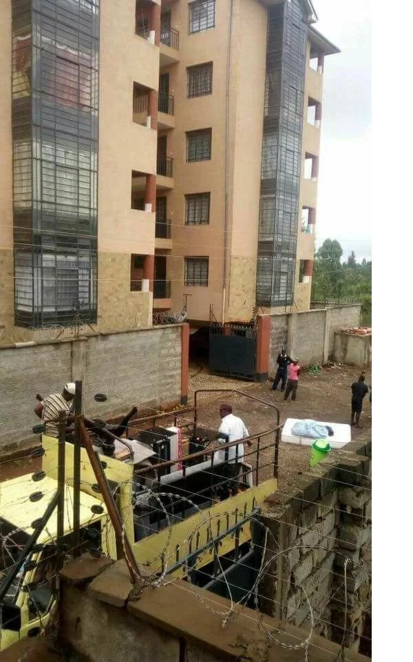 Major panic as residential house starts to sink in Ruaka Nairobi (photos)