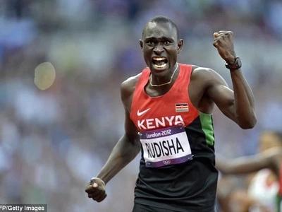 Washindi wa Olimpiki, David Rudisha na Mo Farah wakamatwa Uingereza (picha)