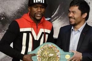 Floyd Mayweather Stripped Of Title Won In 'Fight Of The Century' Against Pacquiao
