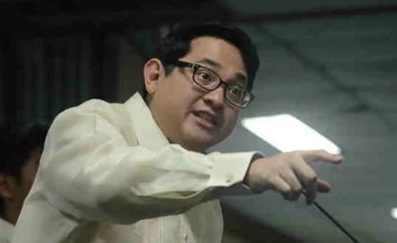 Bam Aquino on Duterte drug war: Address other issues too