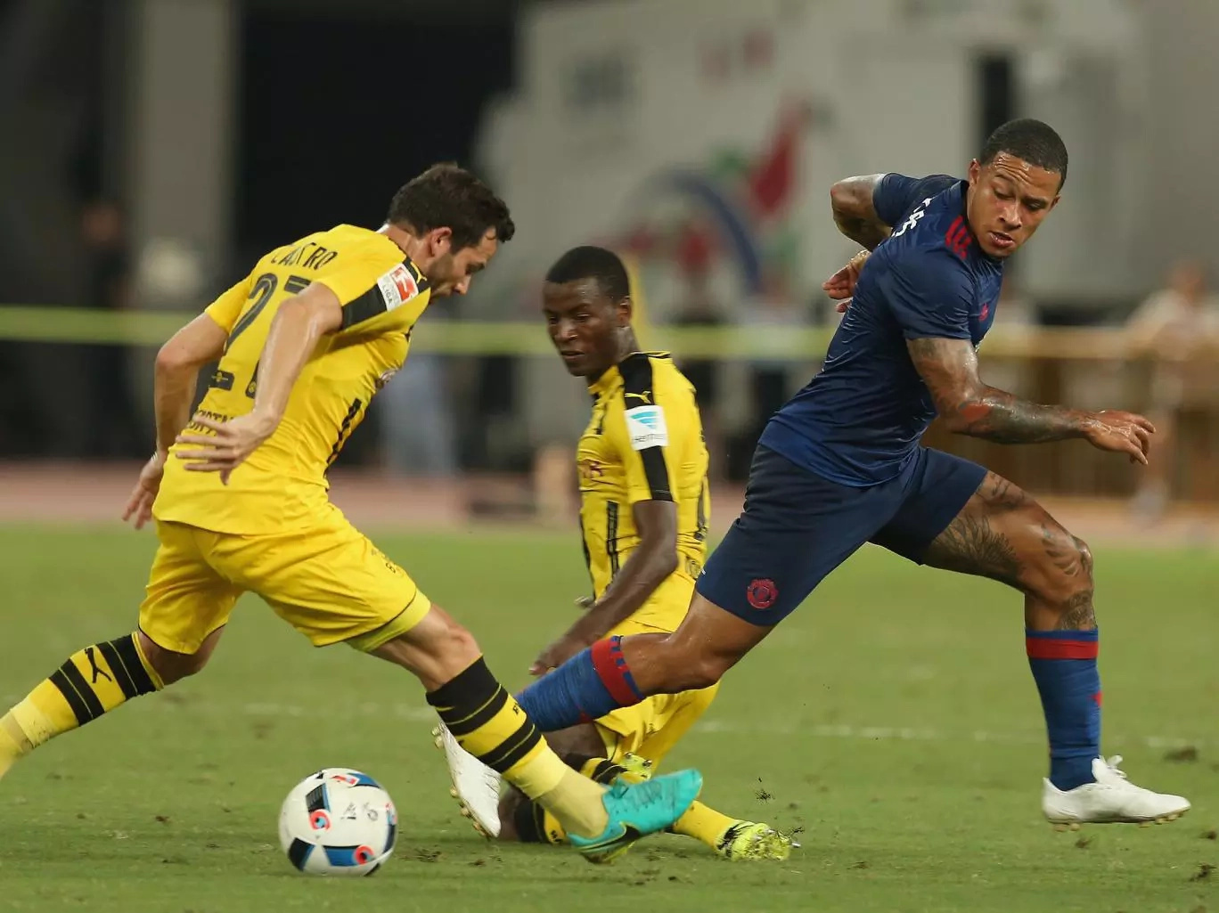 Manchester United beaten badly by Borussia Dortmund
