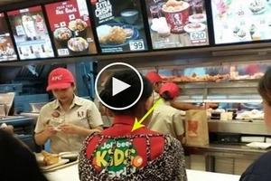 Jollibee employee is breaking the stereotypes at this viral photo