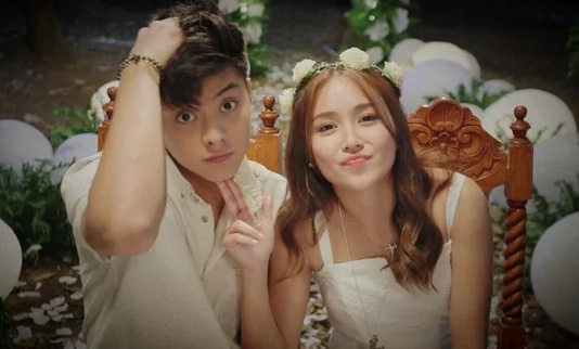 Kathryn Bernardo holds on to Teen Queen title