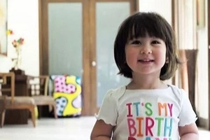 Scarlet Snow turns 2 and she received gift from this famous luxury brand