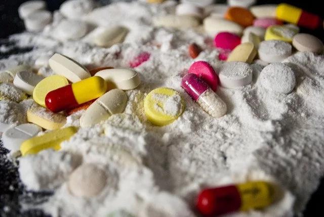 Capturan responsables del tráfico de drogas en colegios
