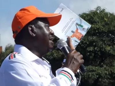 Tharaka Nithi residents welcome Raila Odinga in a way that will make Jubilee salivate (video)