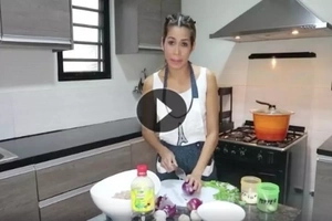 Find out why Pokwang deserves a cooking show with her unique tutorial!