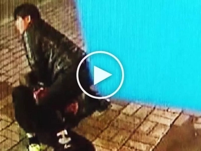 Heroic Korean bus driver pursues and attacks dangerous snatcher who stole purse from woman