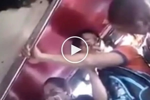 Mag-ingat sa manyakis! Dangerous Pinoy pervert in jeepney takes video of sleeping girl's cleavage