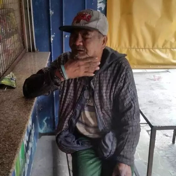 Old Pinoy asks netizens for help to locate lost twin