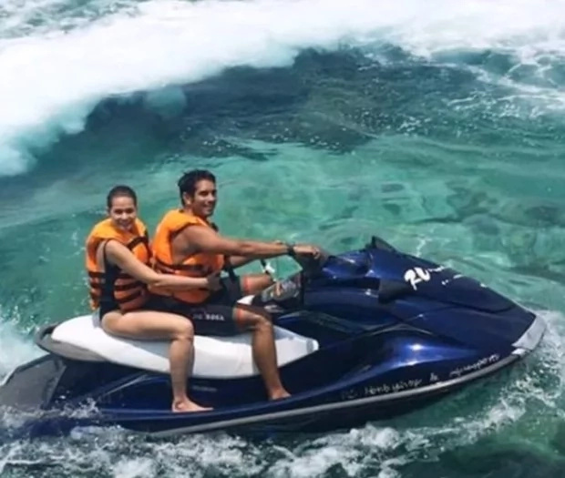 Bea and Gerald share sweet holiday photos