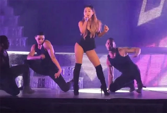 Netizens rave about how they can buy tickets for Ariana Grande's concert