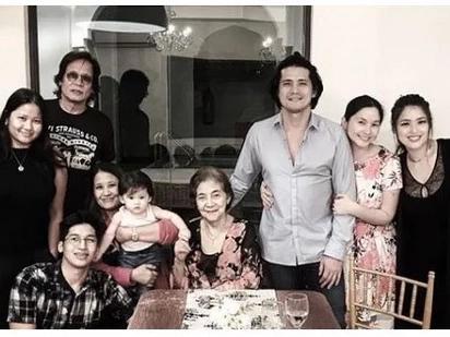 Sa wakas nagkaayos na sila! Aljur Abrenica and Kylie Padilla's families dine together