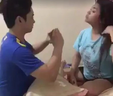 Man performs 'pyramid magic' to touch his friend's boobs