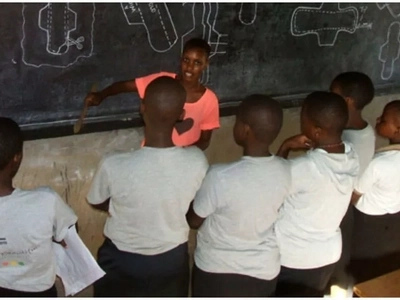 Sad! Hundreds of Ugandan schoolgirls forced into relationships with older men to afford sanitary PADS