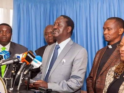 Raila Odinga calls press conference to criticise Uhuru... but things turn out ugly for him