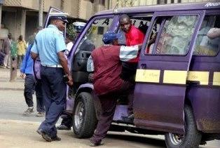 Afisa wa trafiki MLEMAVU awatia moyo wengi (picha)