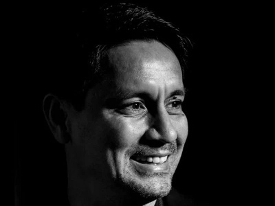 Huwag daw siyang idamay! Richard Gomez sardonically laughs about being named as drug protector