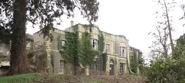 A curious explorer unraveled the secrets of this abandoned mansion. Uncovering extravagant and antiquated pieces left by former homeowner's untouched.