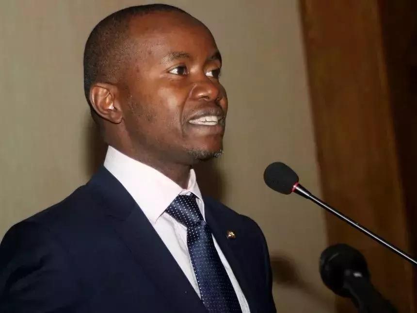 Muulizeni Uhuru!- Waziri wa Mawasiliano na Teknolojia, Joe Mucheru ashindwa kujibu swali ya ni kwa nini TV zilizimwa
