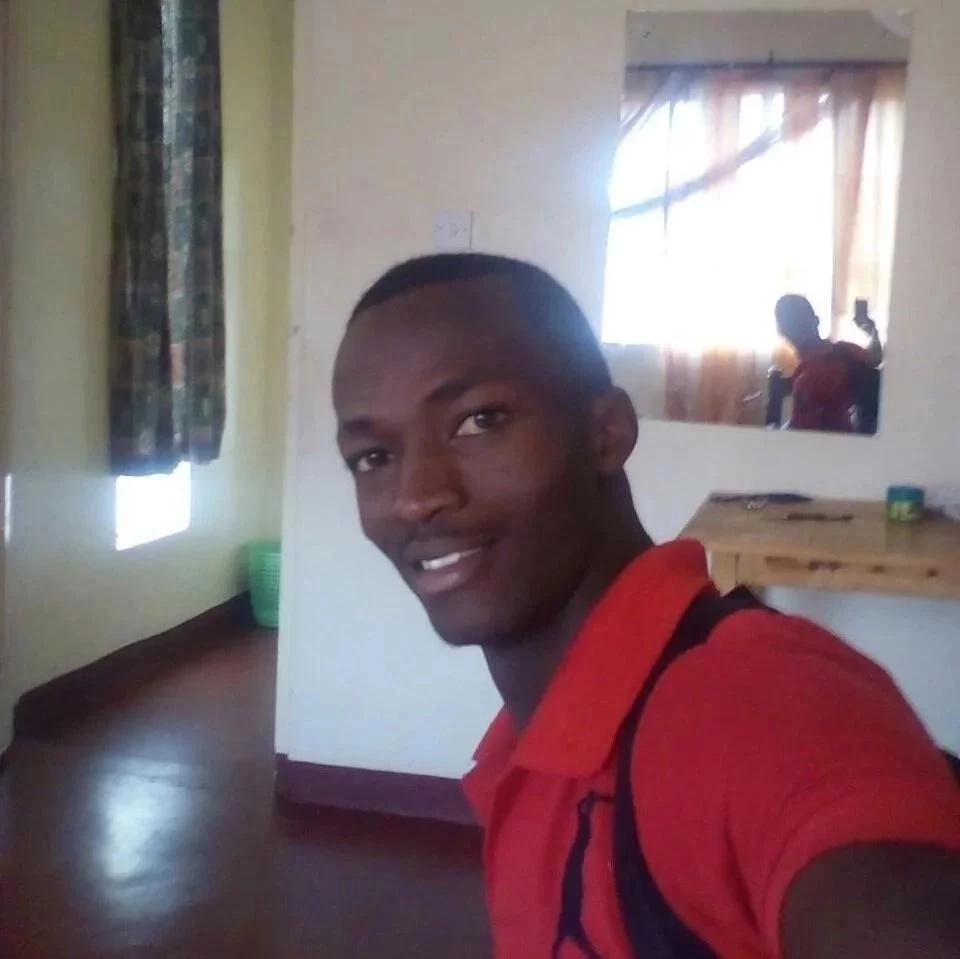 """Mwanamume aweka mtandaoni picha za """"Range Rover""""na kuwaacha Wakenya wakicheka"""