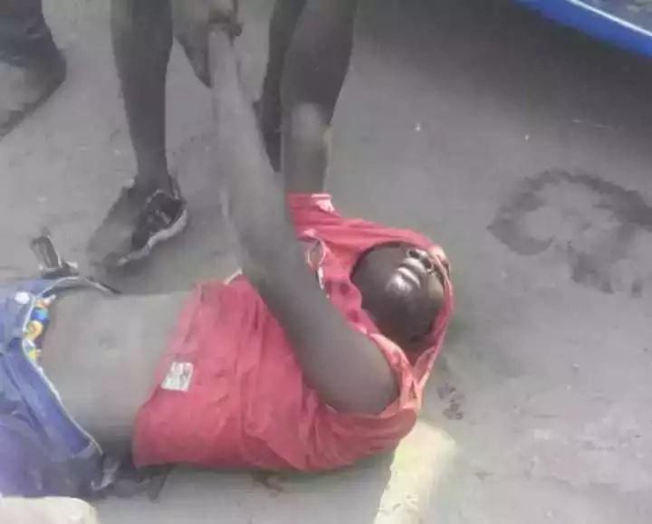 Mwizi APIGWA VIBAYA kwa kujaribu kuiba mahali alipokuwa awali