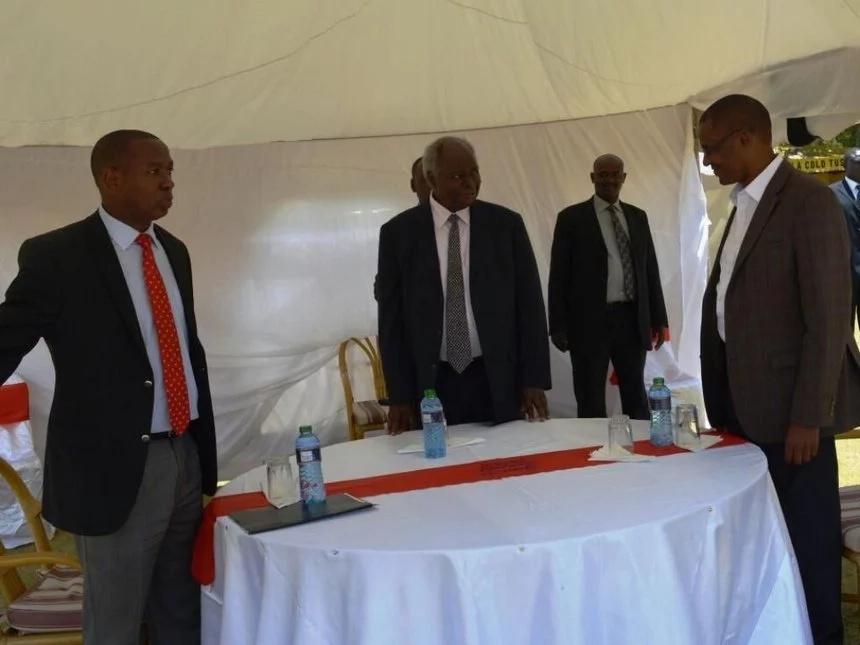 Uhuru mourns death of Kibaki's nephew and vice chairman of Kikuyu Council of Elders
