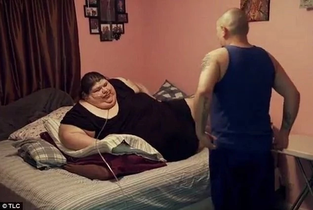 The fattest woman manages to lose weight, but now husband is not happy