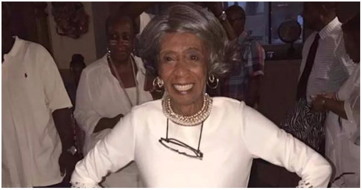 Meet gorgeous grandmother who is just turned 100 and the internet cannot believe it