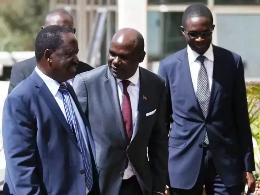 They leave or we push them out- Raila's stern message to Chebukati and team