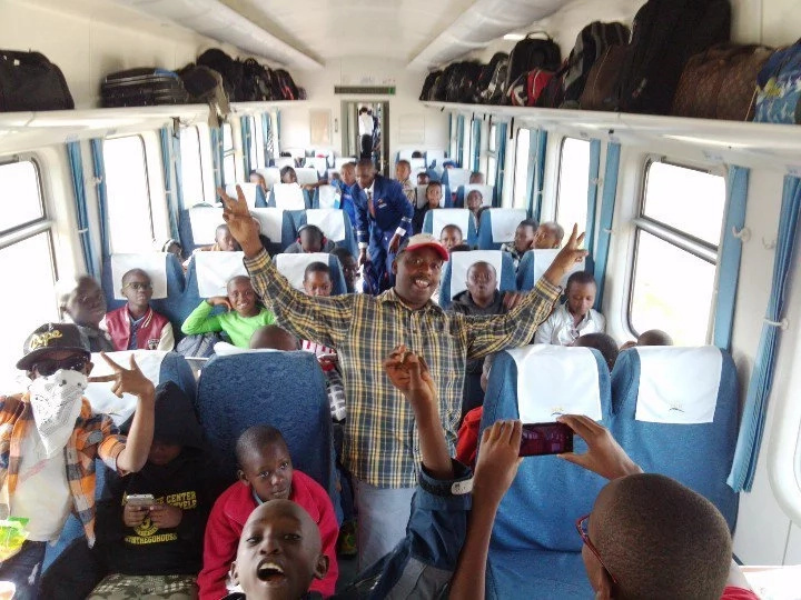 Primary school becomes the first school to use the SGR for a class trip and they loved it(photos)