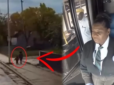 A bus driver noticed two kids walking so terrified, she made a decision that saved the children's lives!