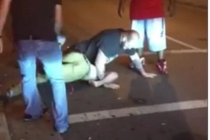Video shows drunk guy picking on the WRONG MMA fighter bouncer