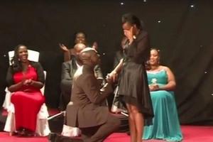 Mwandani wa William Ruto amnyemelea mke wa mwenzake!