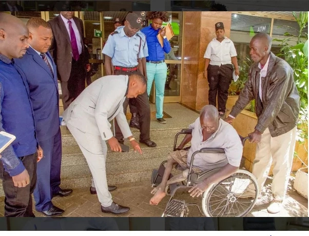 Jaguar's swift move saves an old Kenyan man