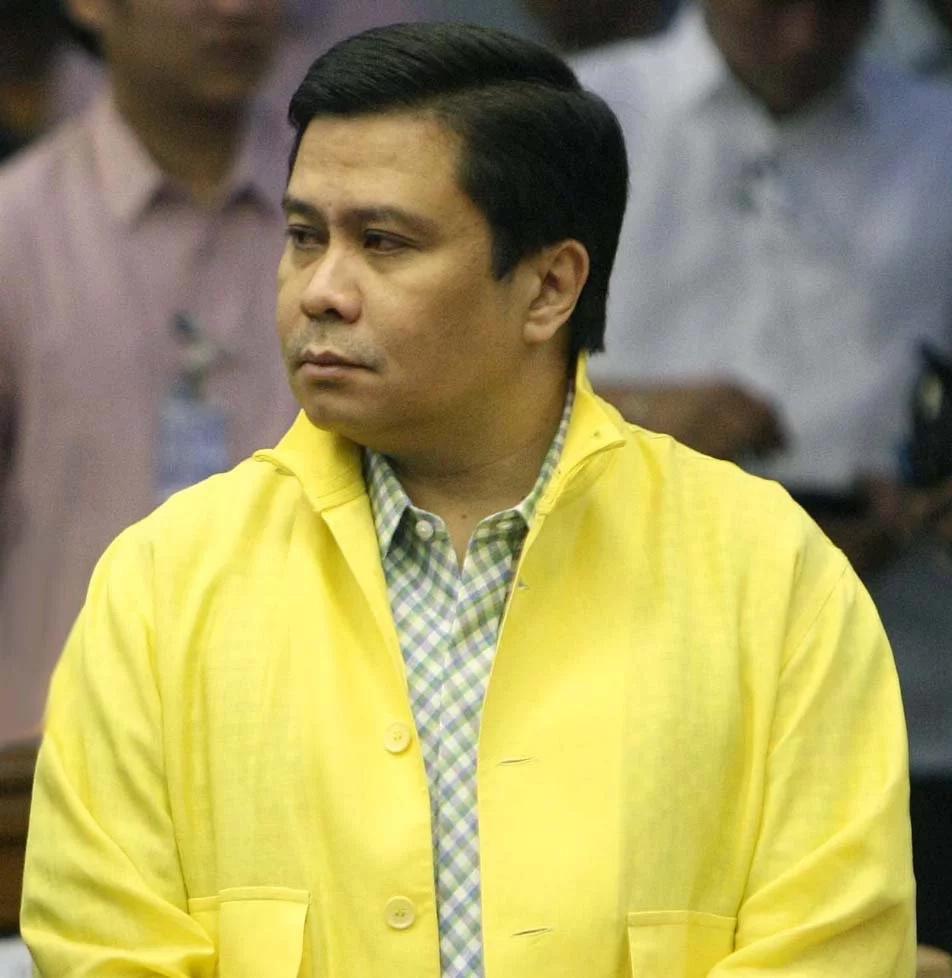 Sandiganbayan denies Jinggoy's motions to leave