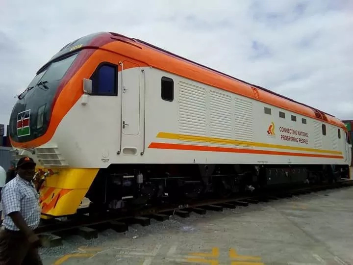 SGR train breaks down at Kibwezi, hundreds stranded