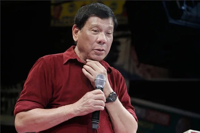 Int'l judges warn Duterte about death penalty