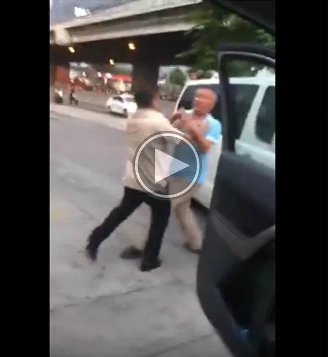Road rage viral video shows drivers in fistfight