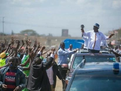 Raila faults IEBC on new election date, says its OT Morpho's birthday gift to Uhuru