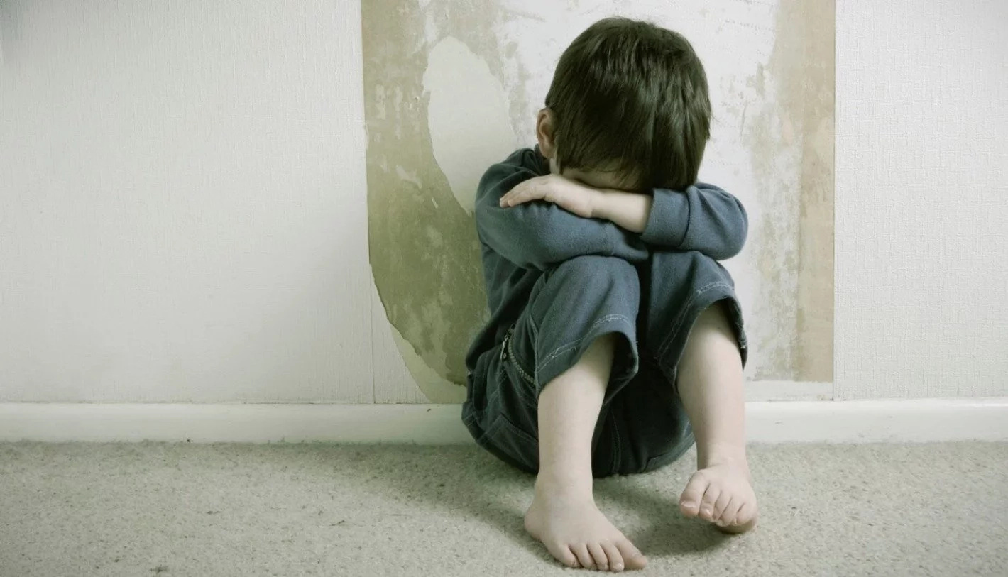 Hombre violó a su ahijado de diez años