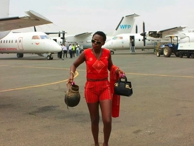 Kenyans are trading away Akothee and her babies now for this cute Nigerian artist